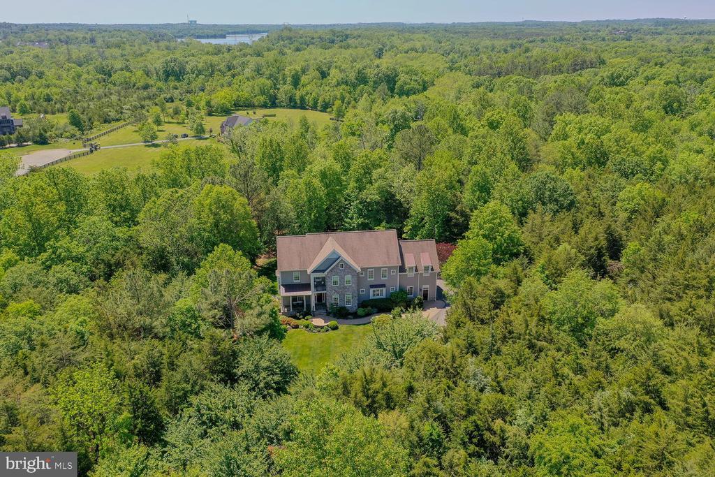 Private 10 acres. - 42091 NOLEN CT, LEESBURG