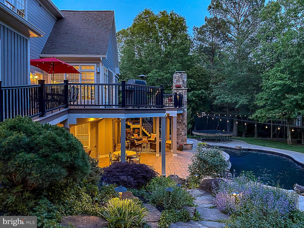 Stunning outdoor space. - 42091 NOLEN CT, LEESBURG