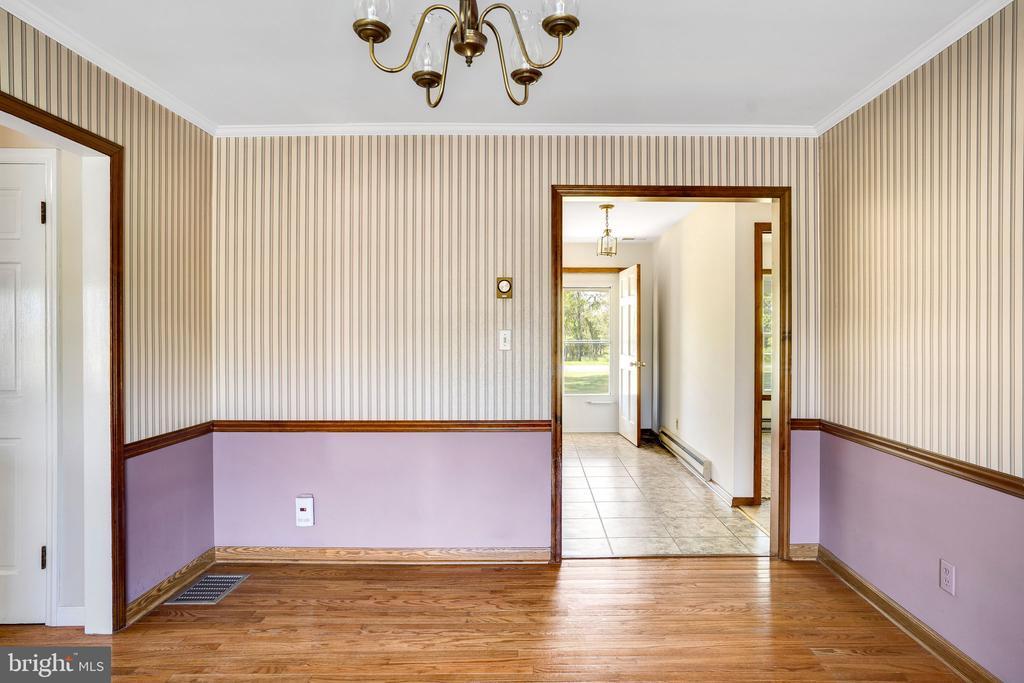 DINING ROOM - 38152 NIXON RD, HILLSBORO