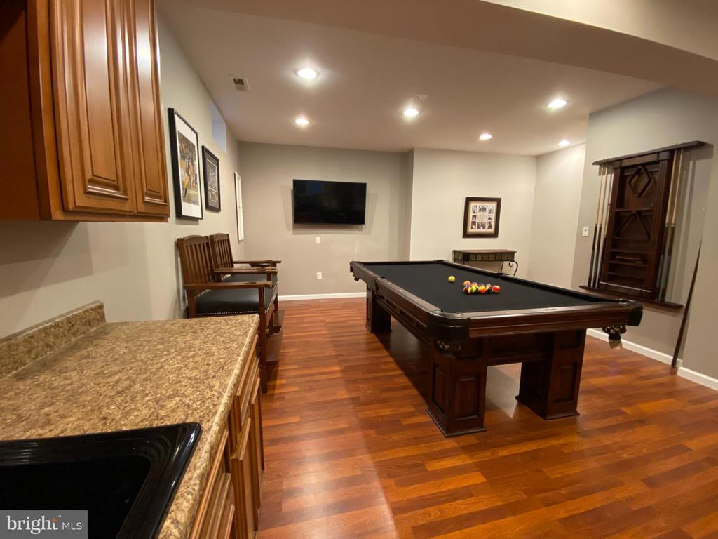Basement with Build to entertain. - 20343 FISHERS ISLAND CT, ASHBURN