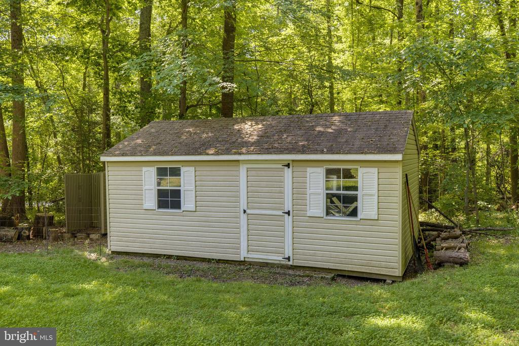 Large shed on property for storage - 7287 TOKEN VALLEY RD, MANASSAS