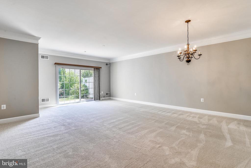 Living Room/Dining Room Combination - 44484 MALTESE FALCON SQ, ASHBURN