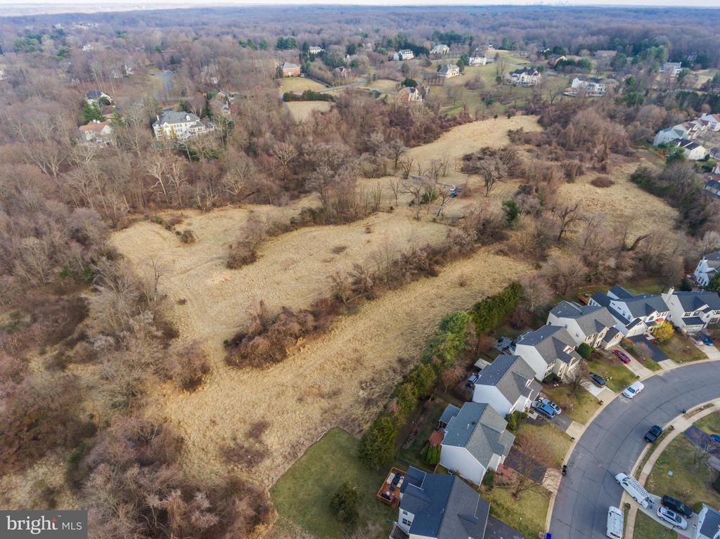 south over hear depicting possible paddock - 318 SINEGAR PL, GREAT FALLS