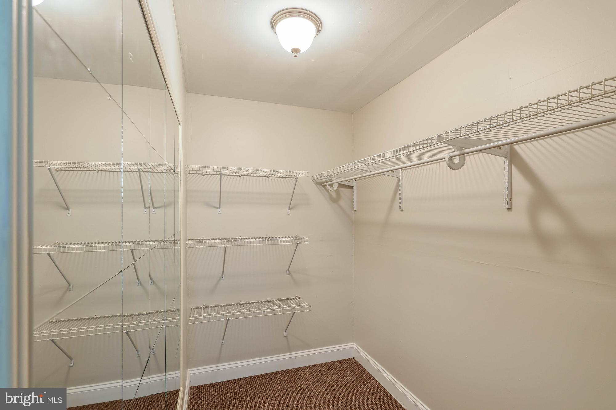 walk in closet bedroom 1