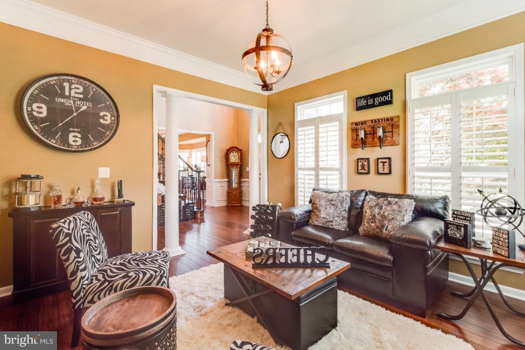 Formal Living Room - 42063 MIDDLEHAM CT, ASHBURN
