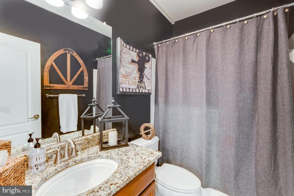 Full Bathroom on the Lower Level - 42063 MIDDLEHAM CT, ASHBURN