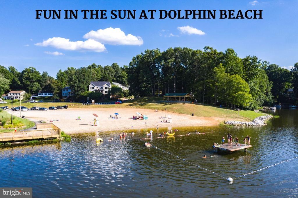 Dolphin Beach - 4290 CANDLESTICK CT, DUMFRIES