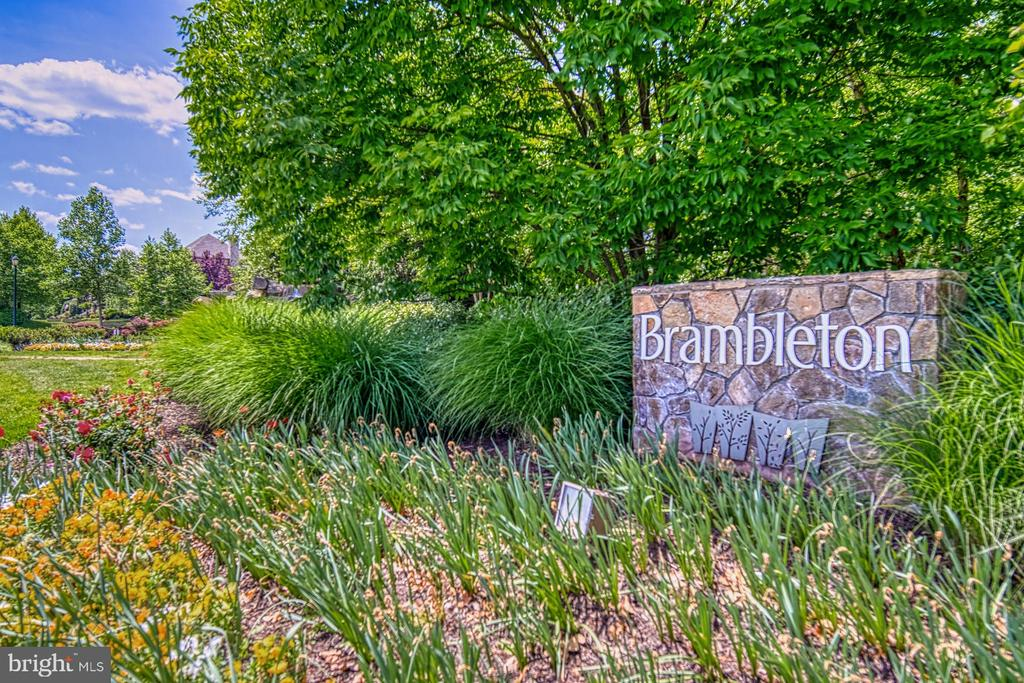 Brambleton is an Award Winning Community - 42416 RINGNECK PL, BRAMBLETON