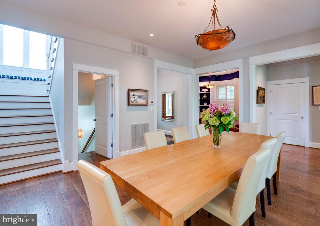 Note the exquisite flooring - 4651 35TH ST N, ARLINGTON