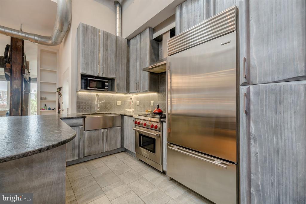 Renovated Gourmet Kitchen - 1737 JOHNSON AVE NW #D, WASHINGTON