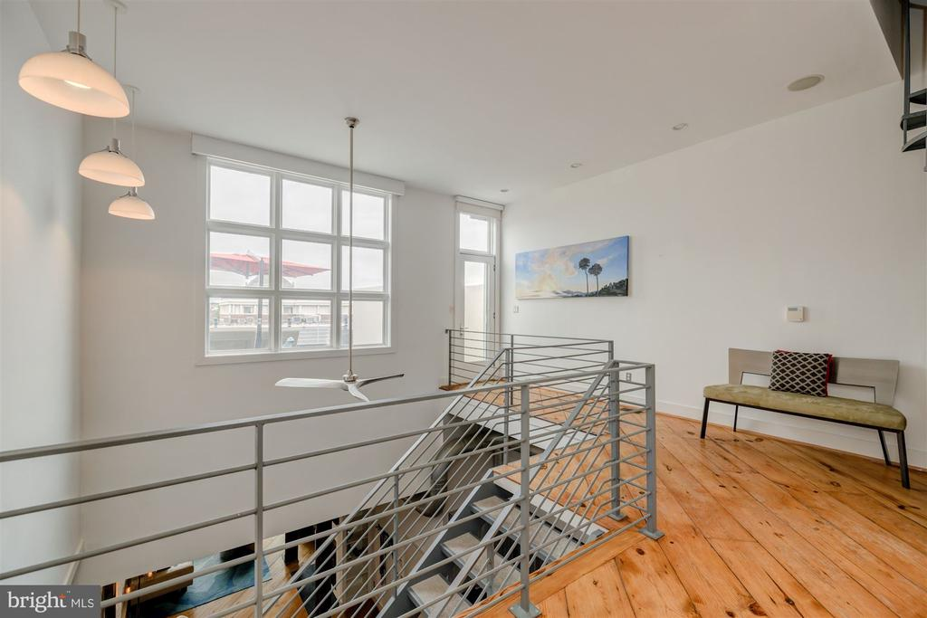 Second Level with Roof Deck Access - 1737 JOHNSON AVE NW #D, WASHINGTON