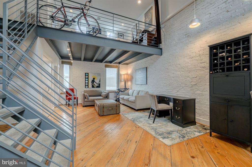 Family Room/Office - 1737 JOHNSON AVE NW #D, WASHINGTON