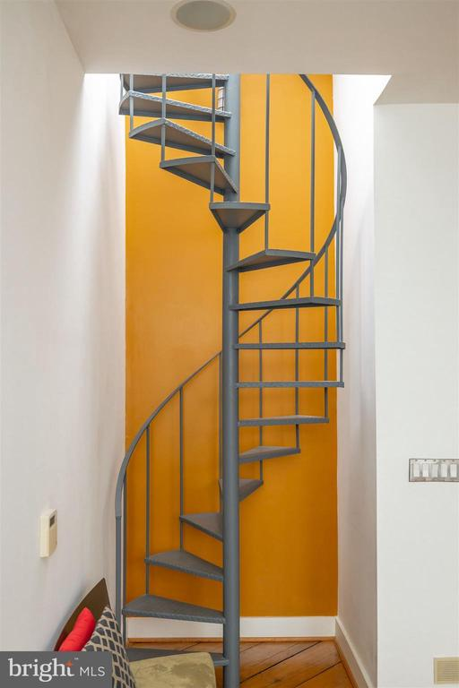Staircase to Rooftop Deck - 1737 JOHNSON AVE NW #D, WASHINGTON