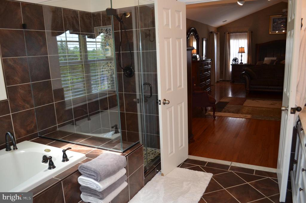 Gleaming glass doors for shower - 6304 SPRING FOREST RD, FREDERICK