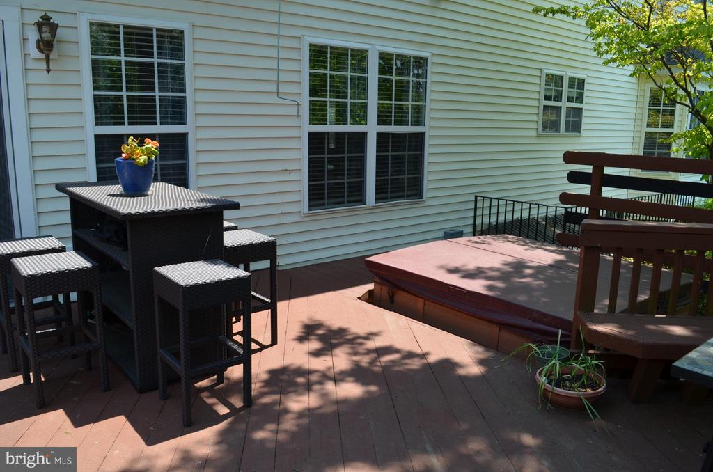 Enjoy relaxing in your hottub! - 6304 SPRING FOREST RD, FREDERICK