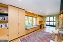 Breakfast area / Sitting Room - 246 SONGBIRD LN, WINCHESTER