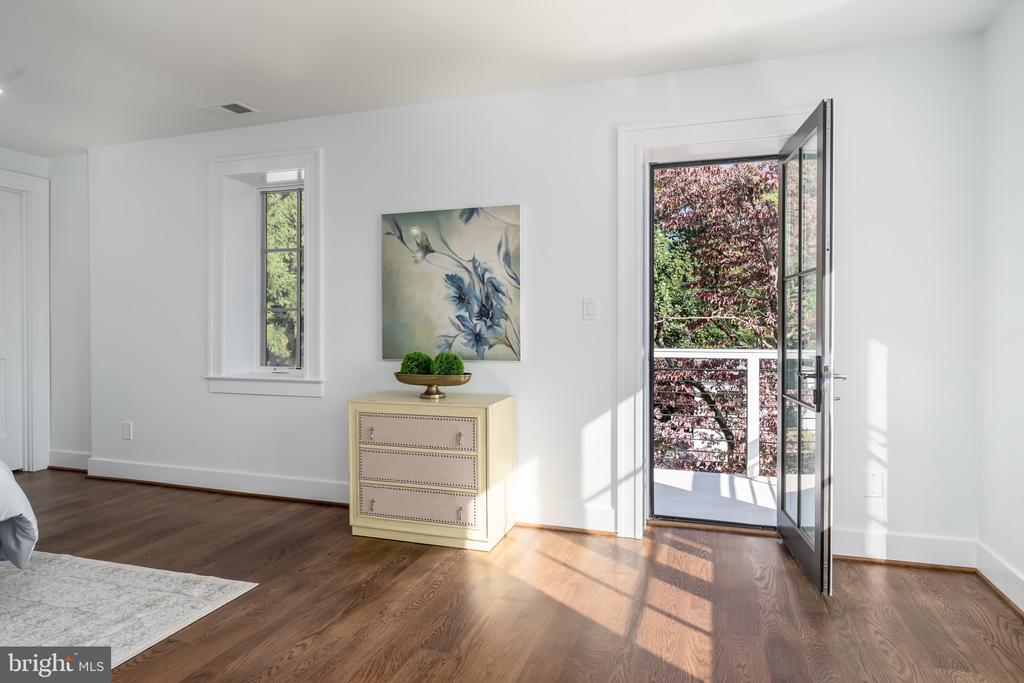 From Primary Bedroom to balcony - 3015 WHITEHAVEN ST NW, WASHINGTON