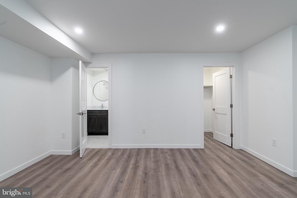 Bedroom 5 - 3015 WHITEHAVEN ST NW, WASHINGTON