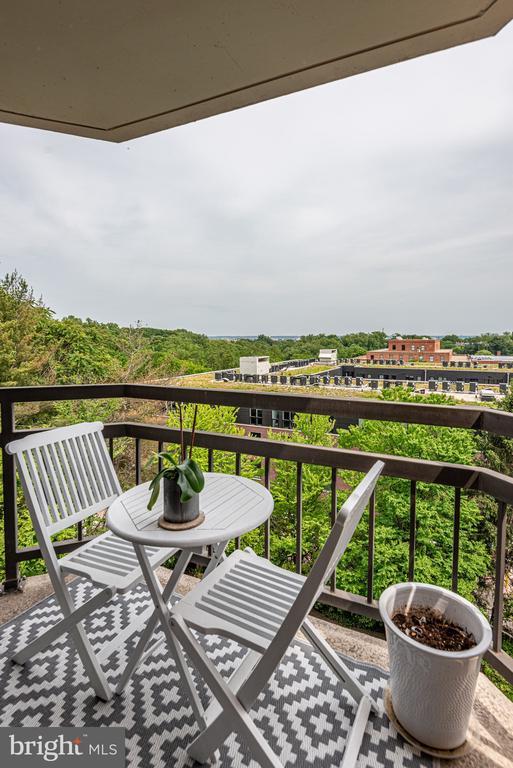 View from balcony - 2111 WISCONSIN AVE NW #501, WASHINGTON
