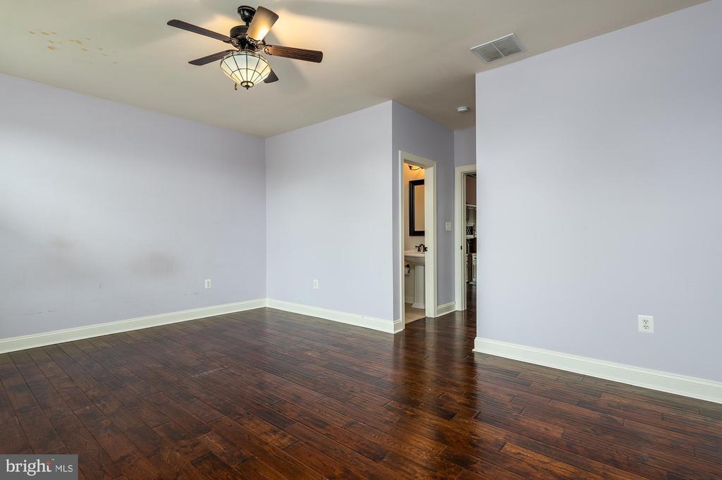 Main Level Bedroom/ Main House - 8250 OLD COLUMBIA RD, FULTON