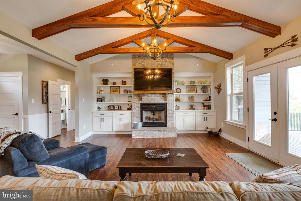 Family Room w/ Beams and Fireplace - 3341 KAETZEL RD, ROHRERSVILLE