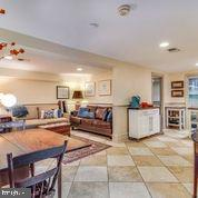 Lower Suite with Separate Entrance, Bedroom & Kit. - 1250 D ST SE, WASHINGTON