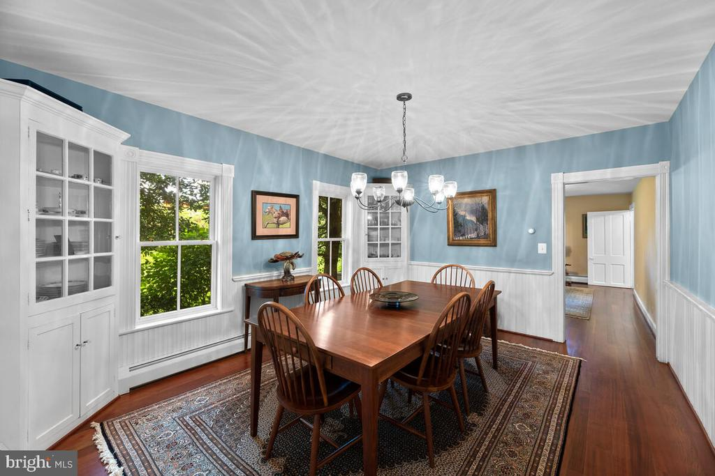 Dining Room with built ins - 12645 OLD FREDERICK RD, SYKESVILLE