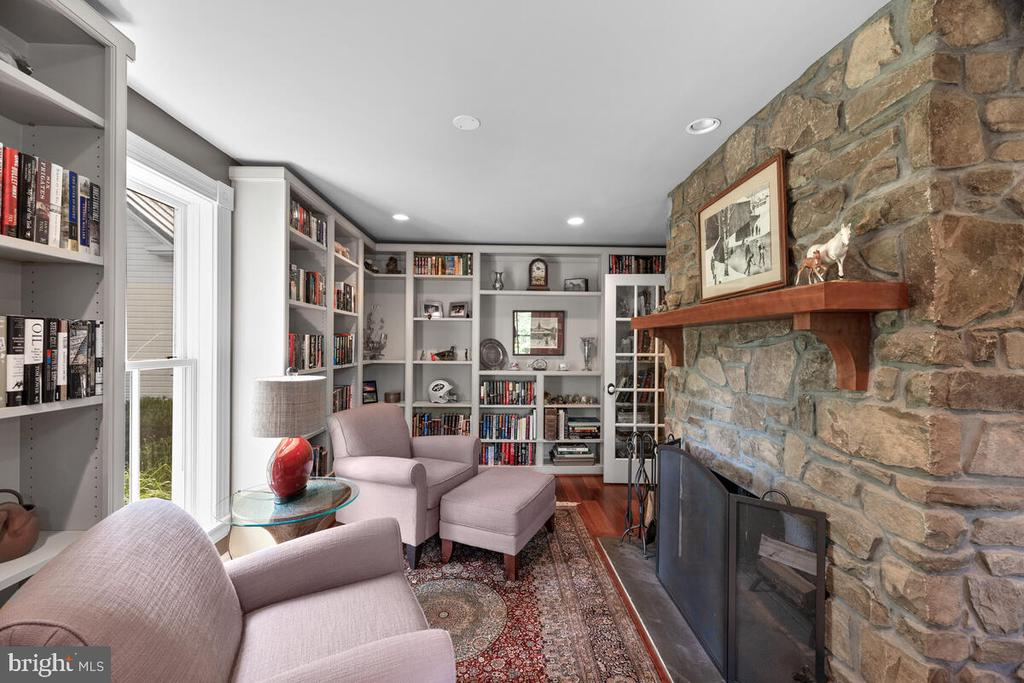 Library with stone fireplace - 12645 OLD FREDERICK RD, SYKESVILLE