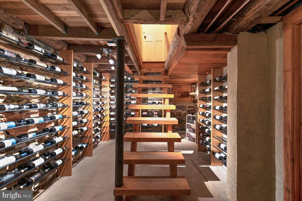 350 bottle wine cellar - 12645 OLD FREDERICK RD, SYKESVILLE
