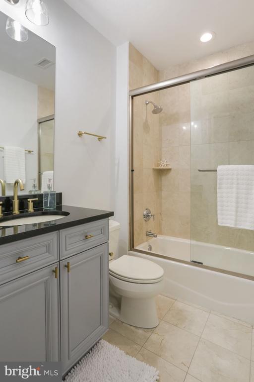 2ND BATHROOM - 1210 R ST NW #314, WASHINGTON