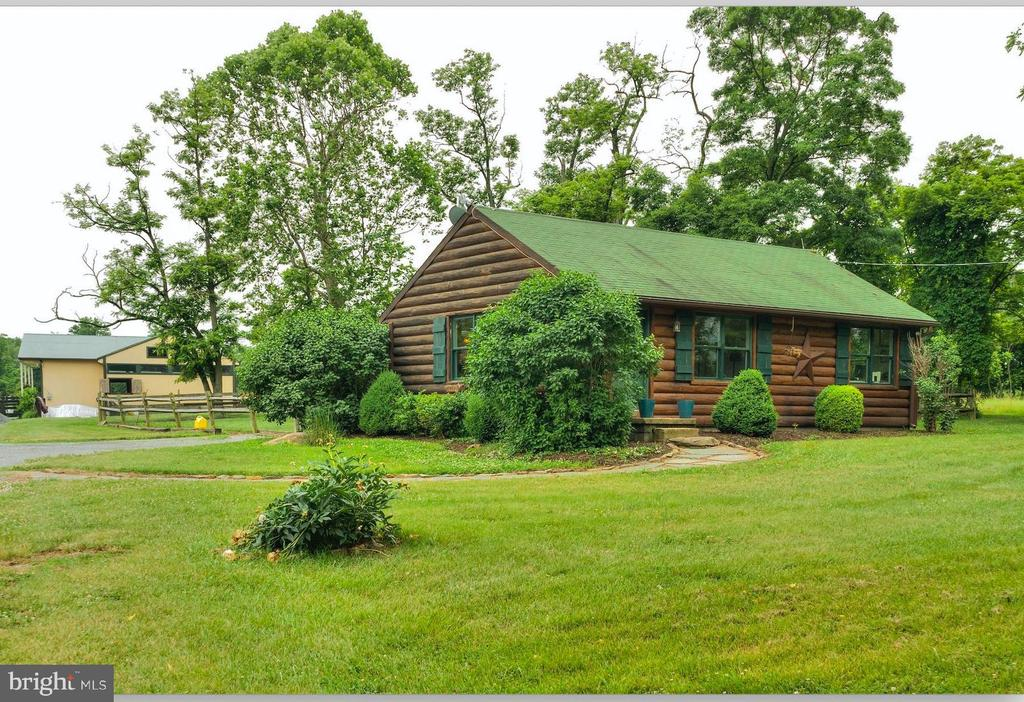 Barn is just past the Cabin - 20022 TRAPPE RD, BLUEMONT