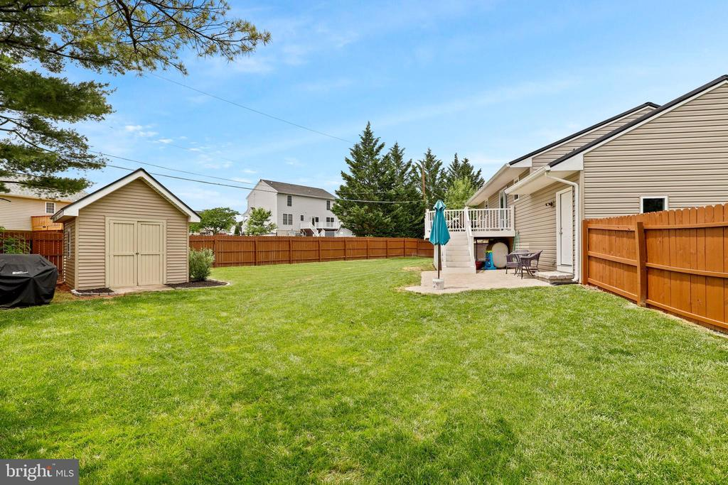 Large level fenced yard with storage shed - 23 MEADOW LN, THURMONT