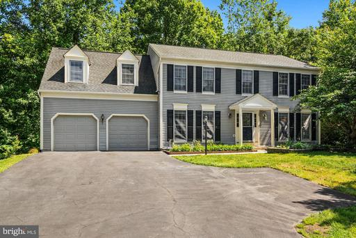 20 NEW BEDFORD CT