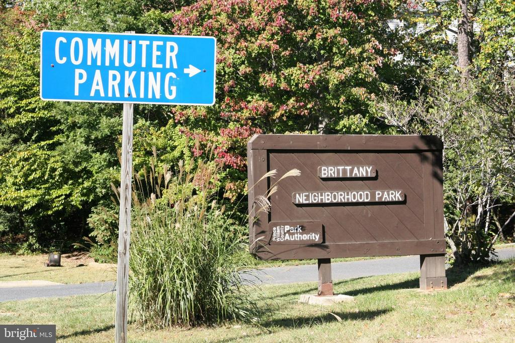 Brittany Park and Commuter Parking - 4266 WILTSHIRE PL, DUMFRIES