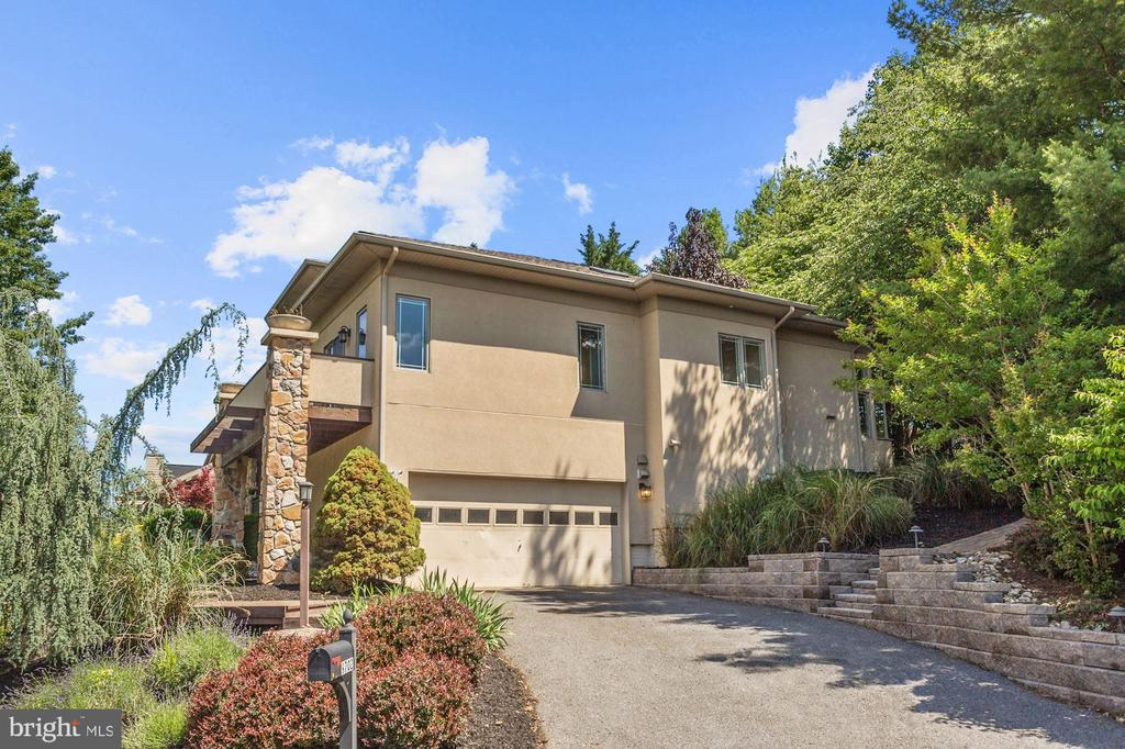 Two Car   Attached Garage - 9702 WOODFIELD CT, NEW MARKET