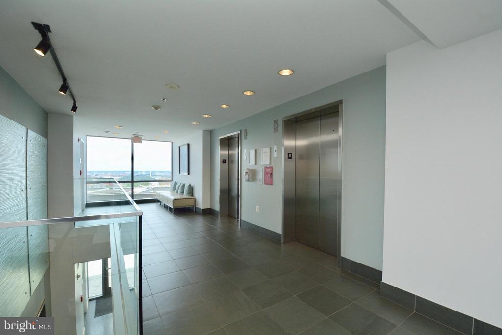17th floor to the Gym - 2001 15TH ST N #1203, ARLINGTON