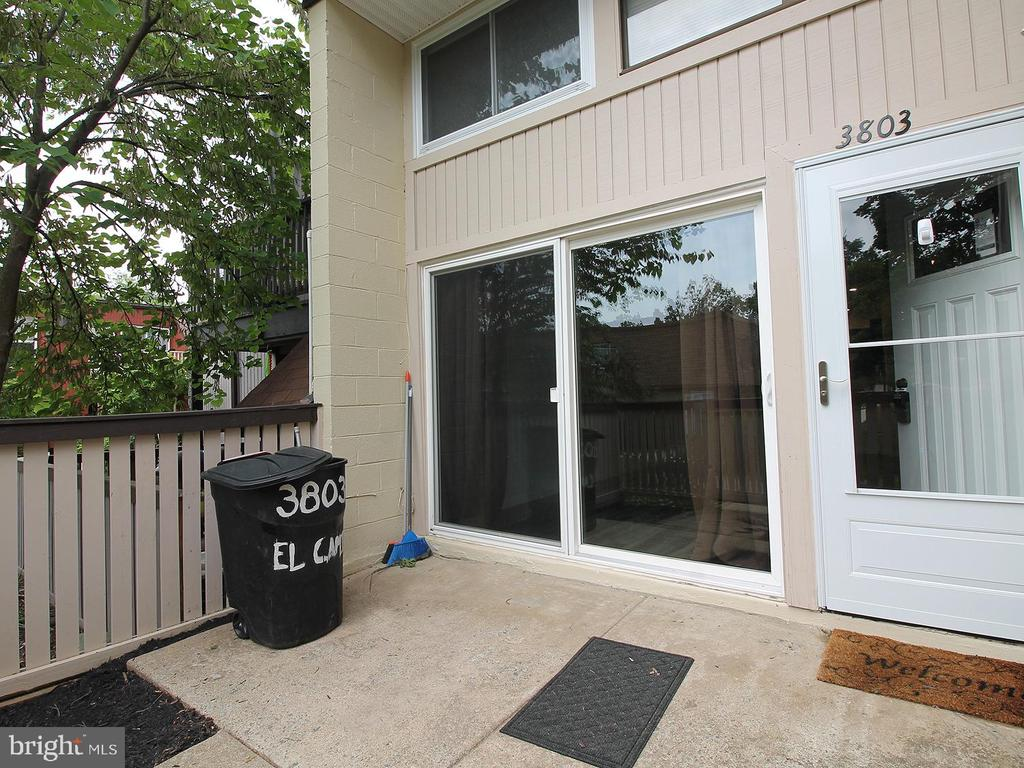 Front Entrance - 3803 EL CAMINO PL #27, ALEXANDRIA