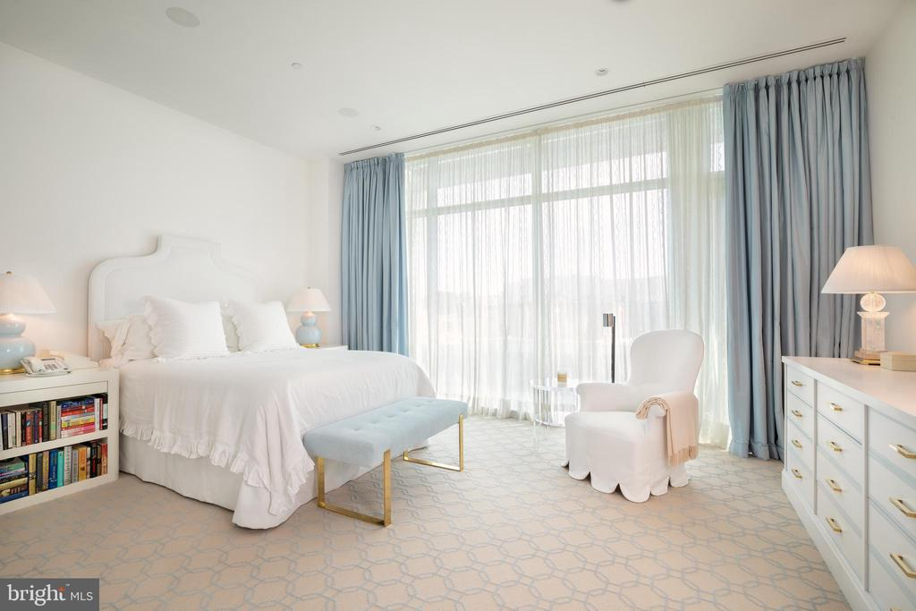 The primary suite features a private terrace - 1177 22ND ST NW #9G, WASHINGTON