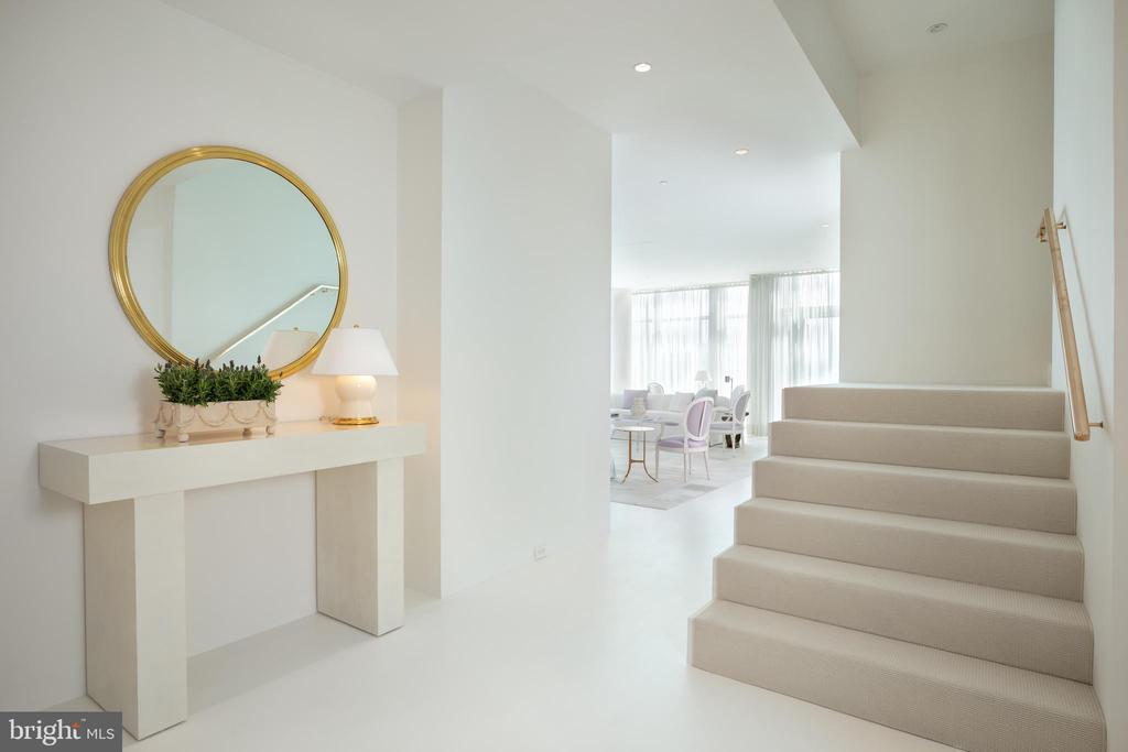 The entry sets the stage for this modern penthouse - 1177 22ND ST NW #9G, WASHINGTON