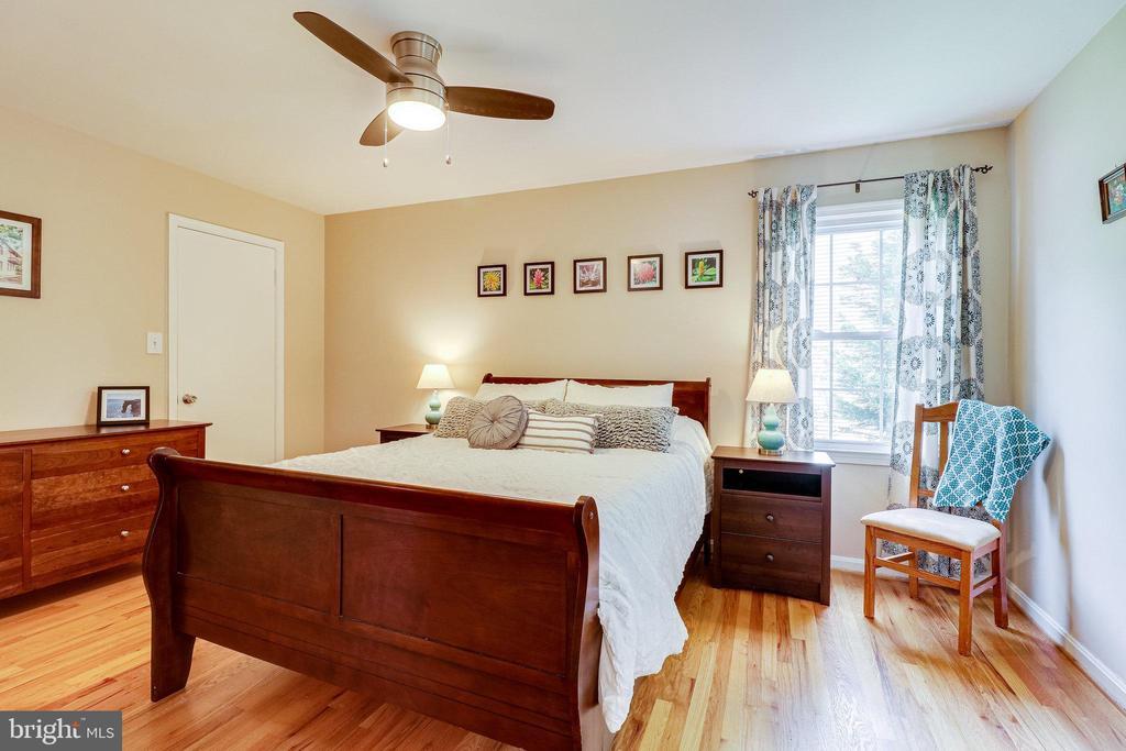 Primary Bedroom - 9312 WINBOURNE RD, BURKE