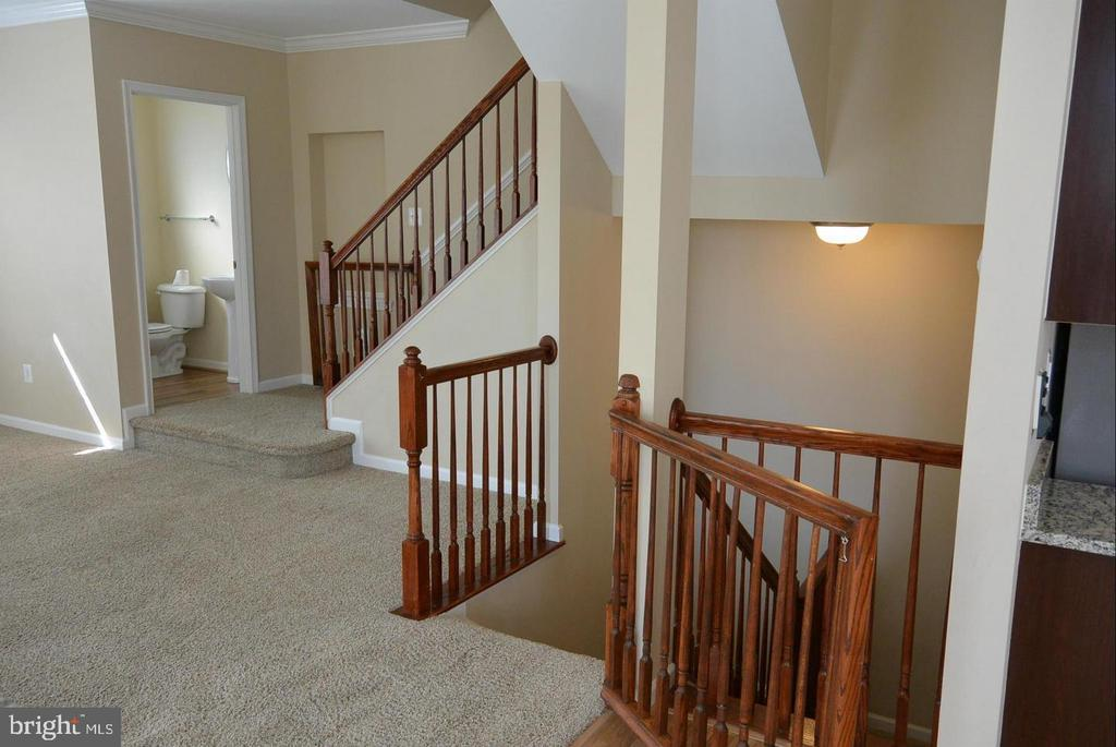 Stair to the basement and upper levels - 38 HUNTING CREEK LN, STAFFORD