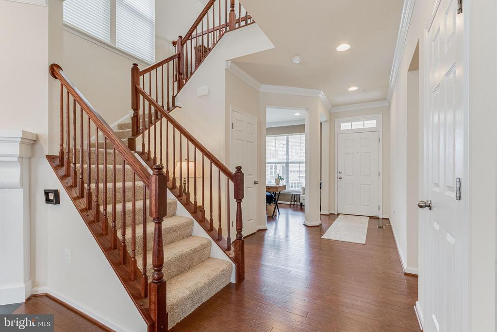 View from stairwell to front door - 3513 DOC BERLIN DR, SILVER SPRING