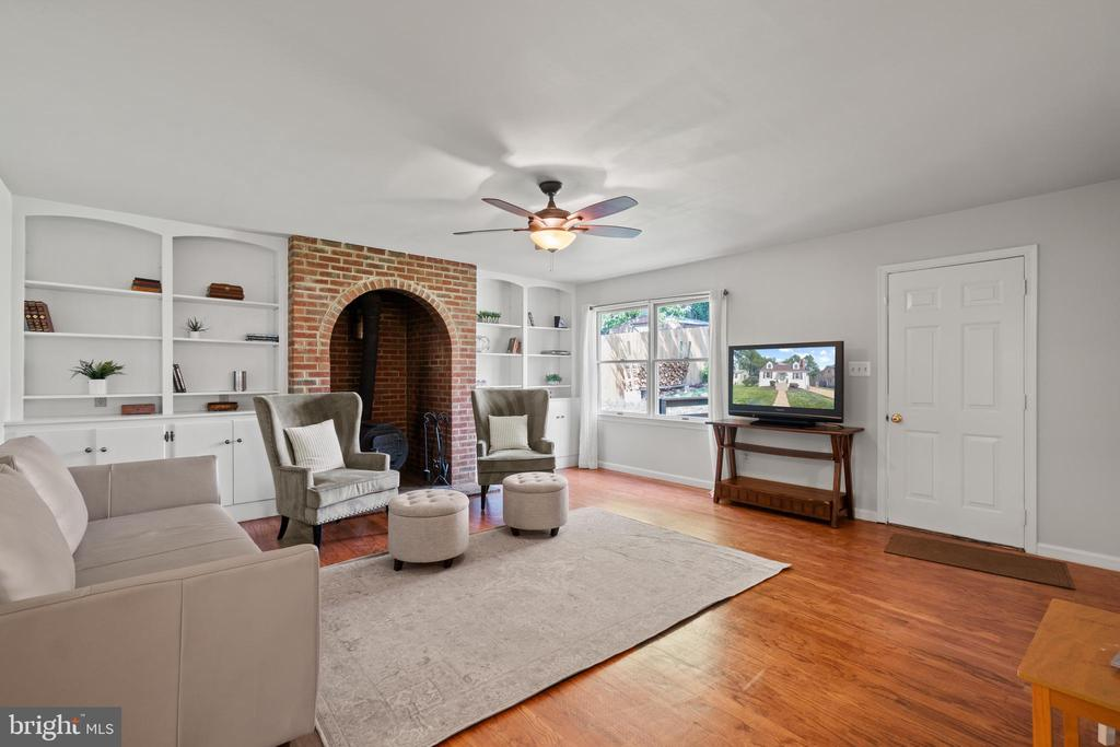 which can heat the whole home! Door leads to deck. - 2915 MONROE PL, FALLS CHURCH