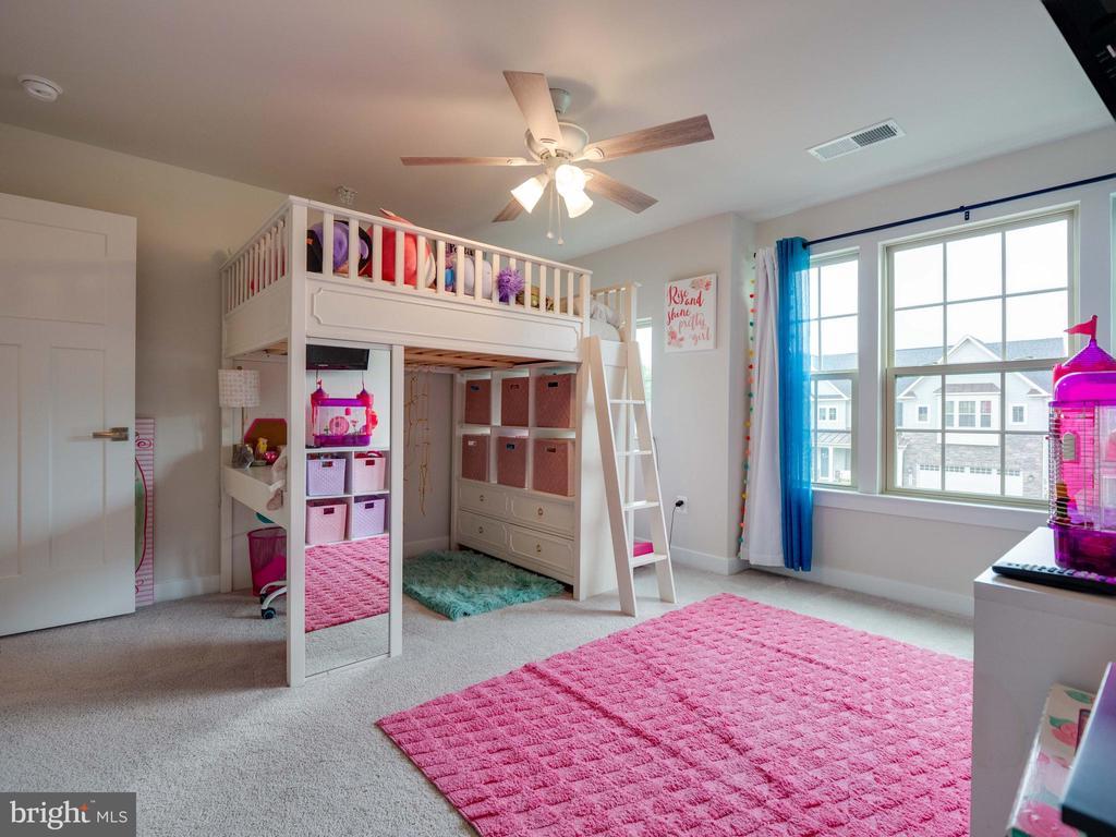 Princess Suite Bedroom - 6877 WOODRIDGE RD, NEW MARKET