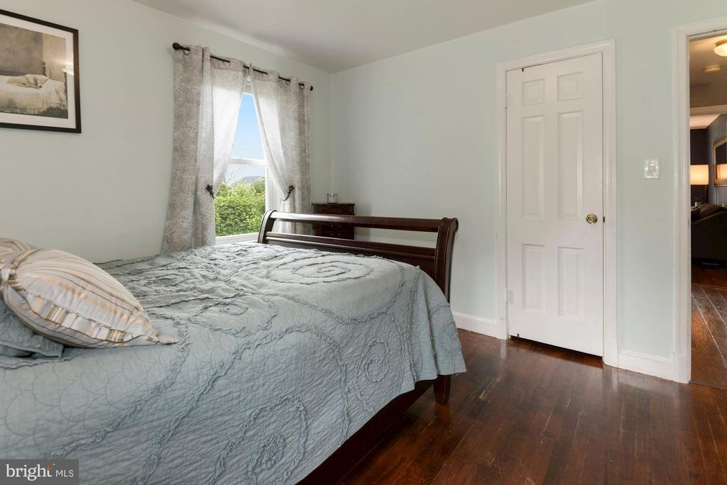 Bedroom #1 with Hardwood Floors - 17516 HARMONY CHURCH RD, HAMILTON