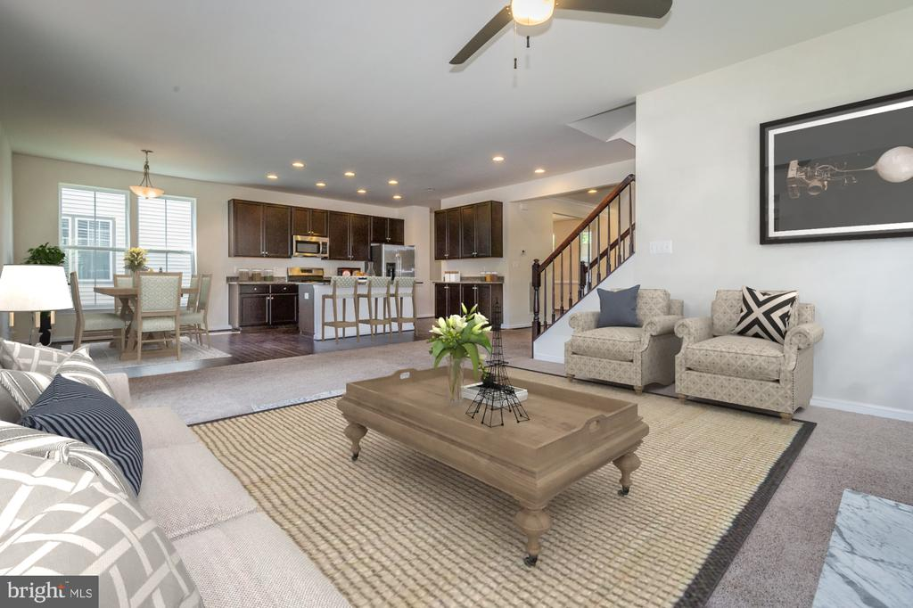 Virtually staged - 502 APRICOT ST, STAFFORD