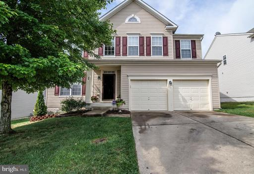 53 CARRIAGE HILL DR