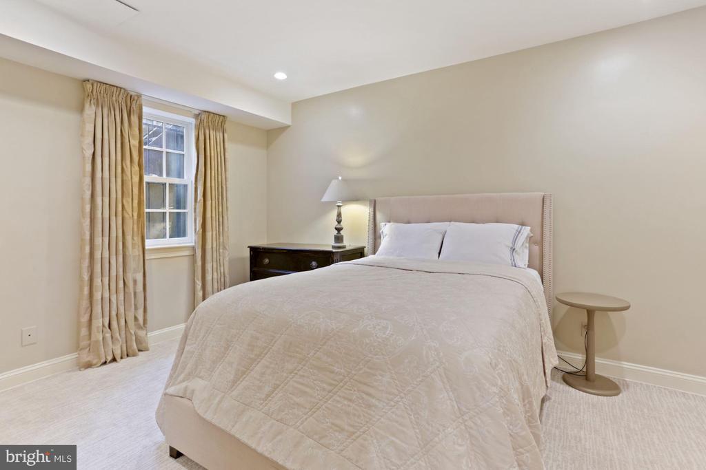 Bedroom #5 - 3049 WEST LANE KEYS NW, WASHINGTON