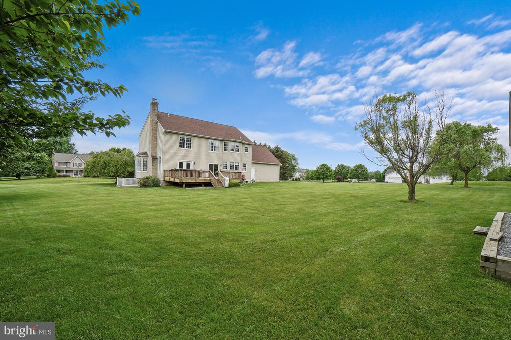Peaceful and private - 200 AUTUMN SKY TER, WOODSBORO