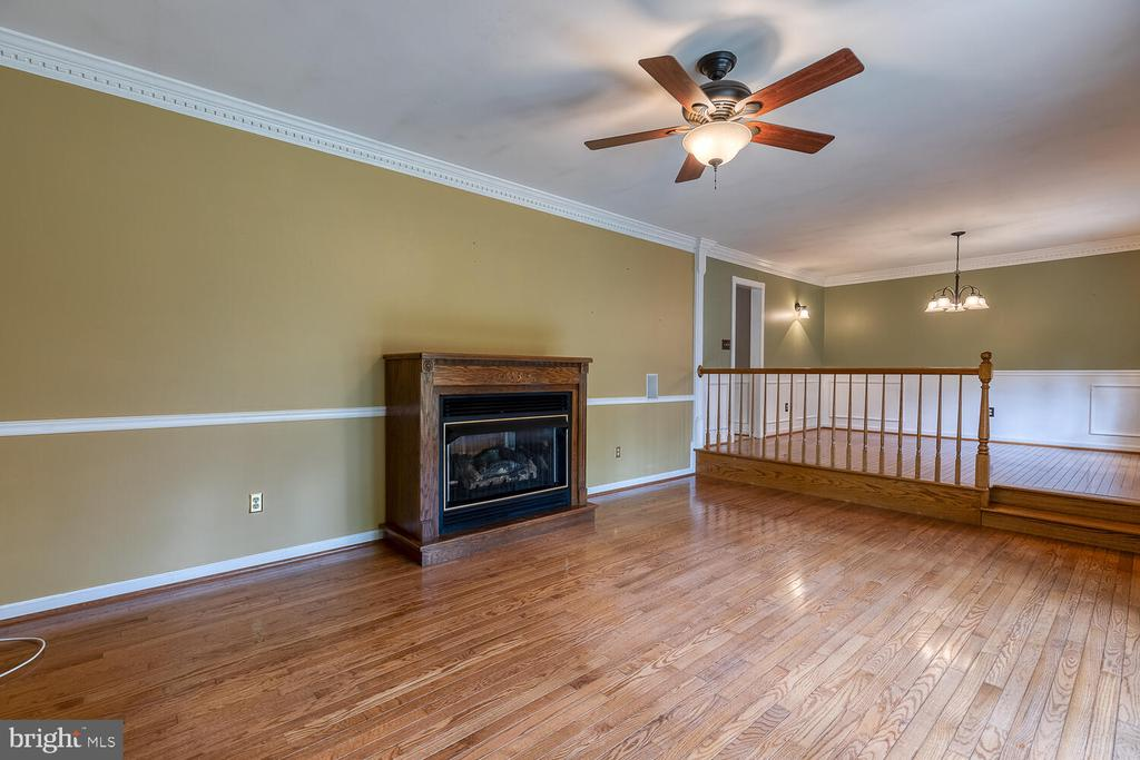 Family room - 710 WIDEWATER RD, STAFFORD